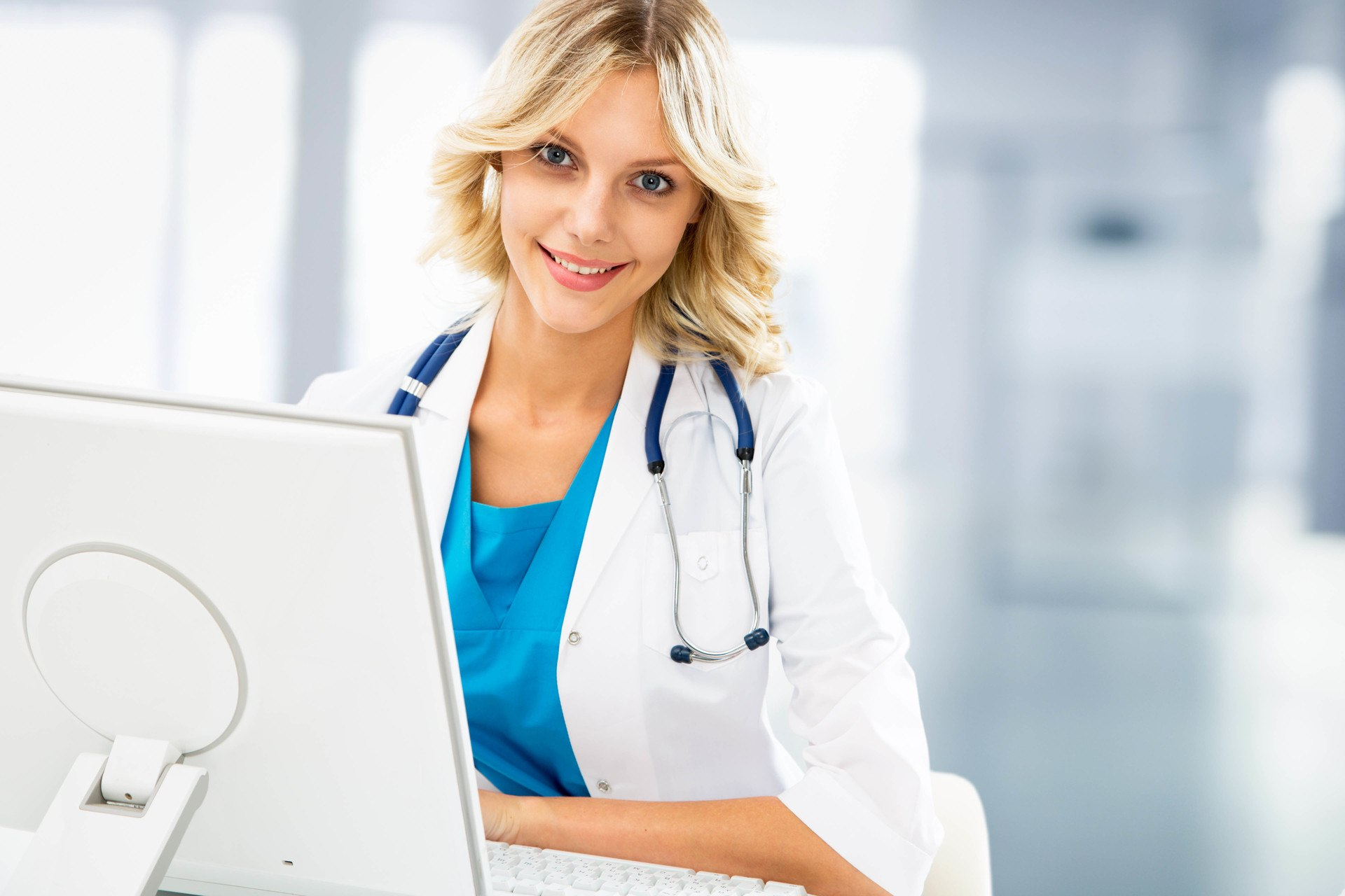 Pharmaceutical Industry: Is Online Safety Training A Viable Option?