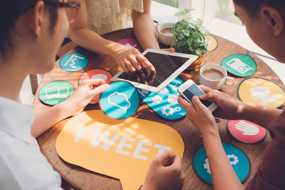 Social Learning: 3 Pro Tips To Make Your Course Social