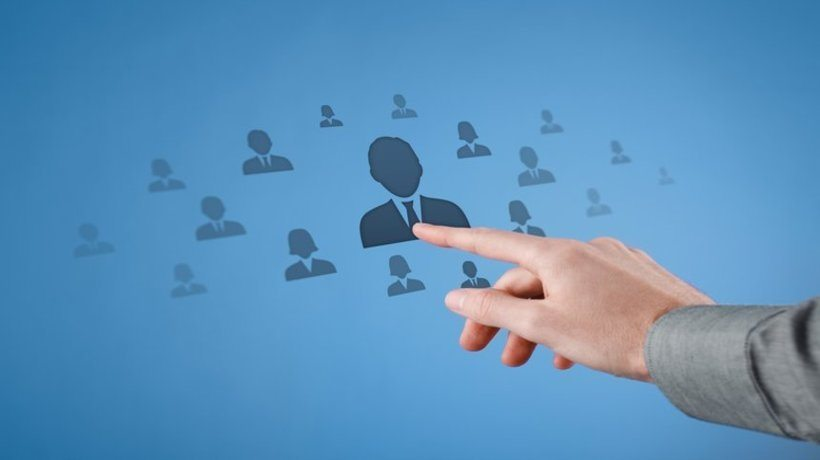 Perspectives Of Human Resource Management In Recruiting Companions