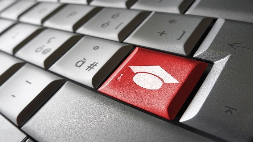 Pros And Cons Of Having An Online Degree Instead Of An Offline One