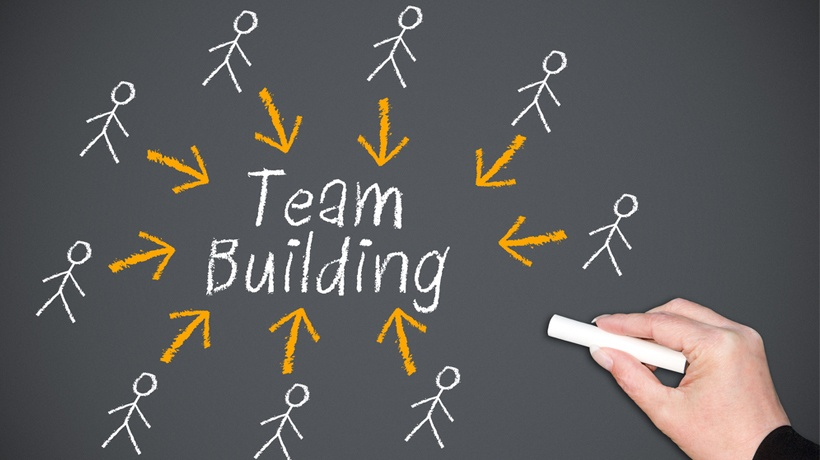 Team Building: 8 Fundamentals, 6 Best Practices
