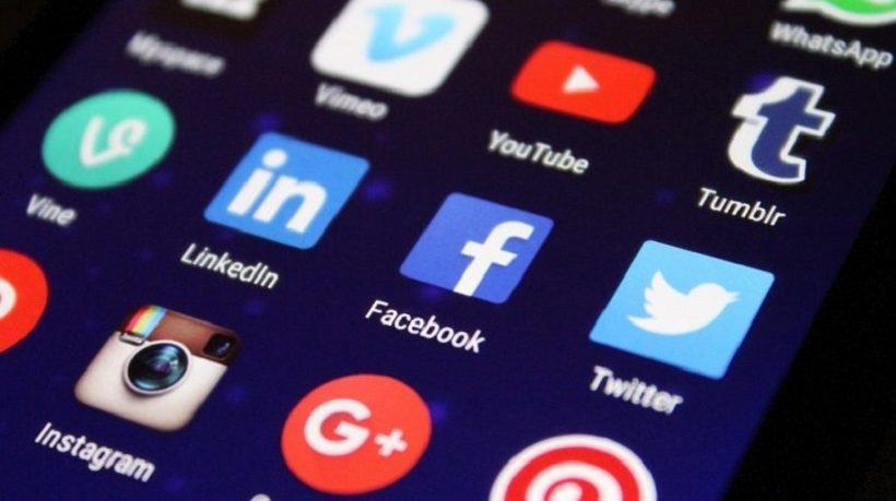 5 Tips To Enhance Your Professional Development Strategy Through Social Media