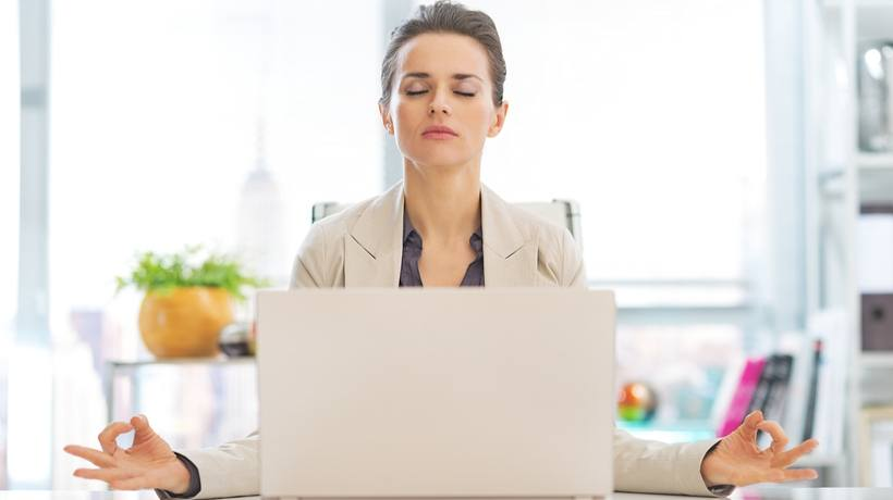 9 Tips To Create A Stress-Free Online Training Experience For Your Employees