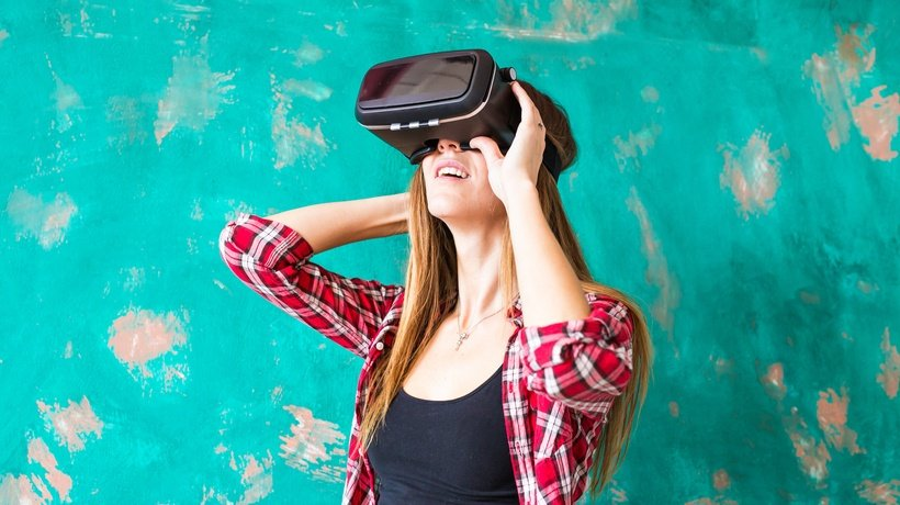 Wearable Tech In The Classroom: Taking The Education Industry By Storm