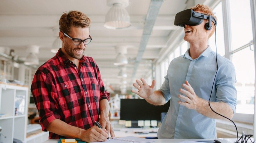 How L&Ds Are Using Virtual Reality In Technical, Business, And Educational Training