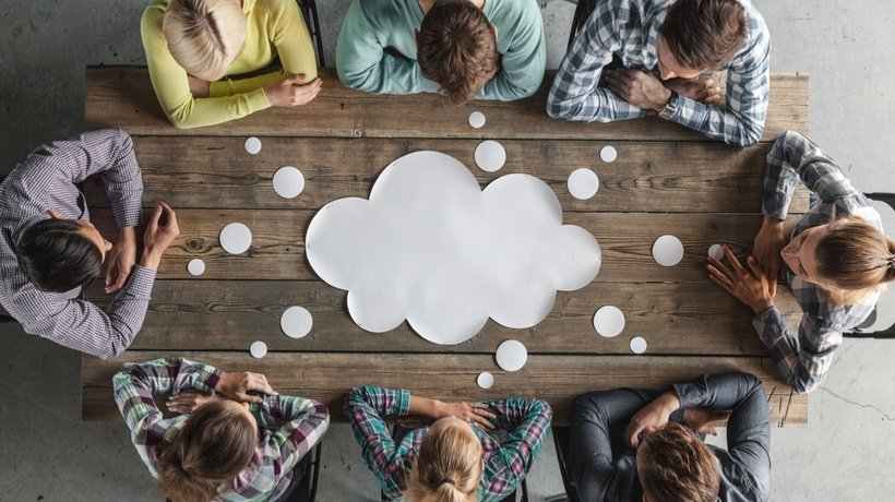 4 Ways The Cloud Helps Your Business And Saves You Money