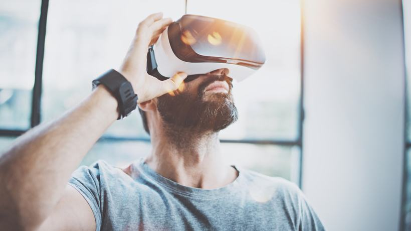 4 Common Virtual Reality Myths Debunked