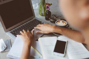 The Differences Between eLearning Αnd Distance Learning