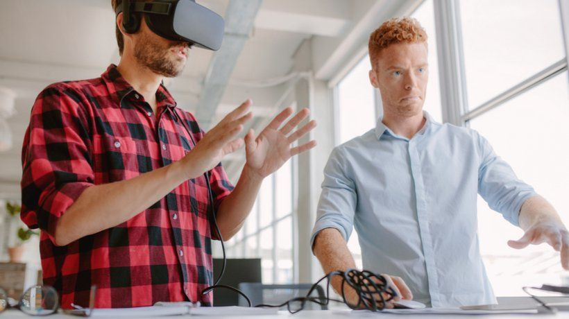 How To Develop AR/VR eLearning Resources: A 7-Step Guide