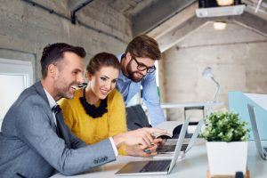 5 Tips To Incorporate Peer-Based Coaching In Online Training