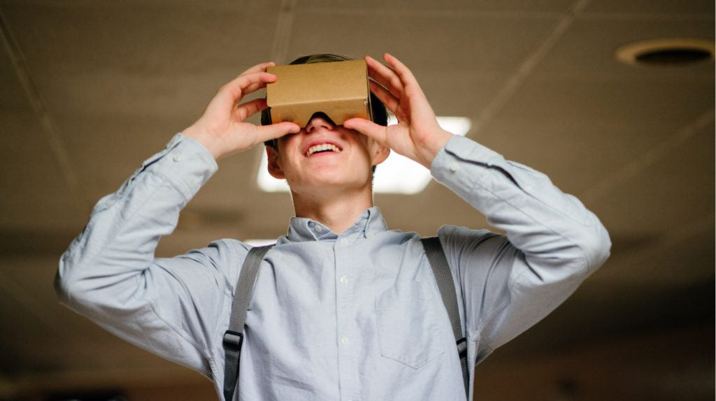 5 Ways To Implement Virtual Reality In The Learning Process