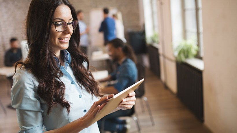 Why You Should Adopt the Combination of Microlearning and Mobile Learning in 2018