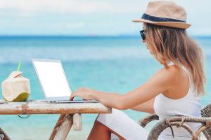 7 Summertime Distractions That Hinder eLearning Participation