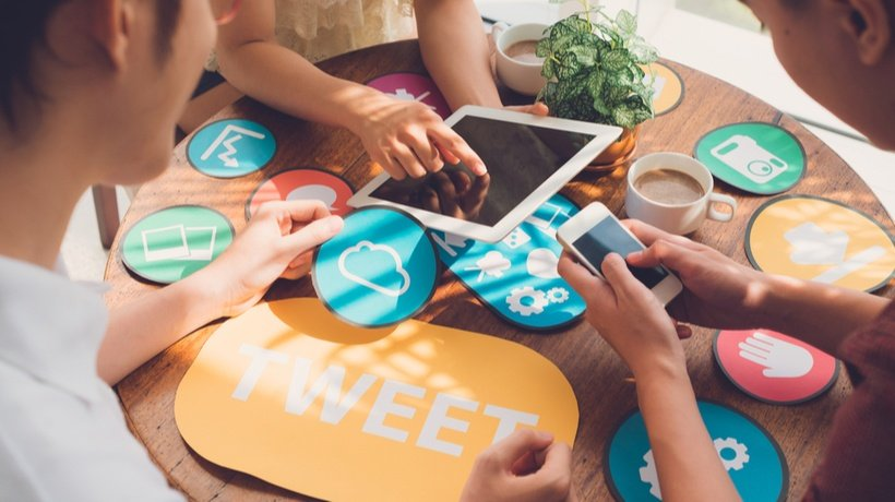 Tweet All About It: How To Use Social Media Buttons To Build The eLearning Buzz