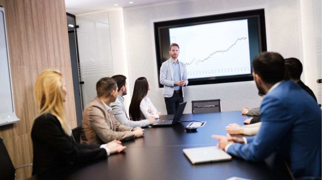 4 Tips To Optimize Course Management System ROI For Training Companies