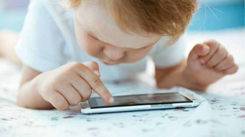 Mobile Tutoring Apps Vs. Traditional Tutoring: How Children Benefit From An eLearning Approach
