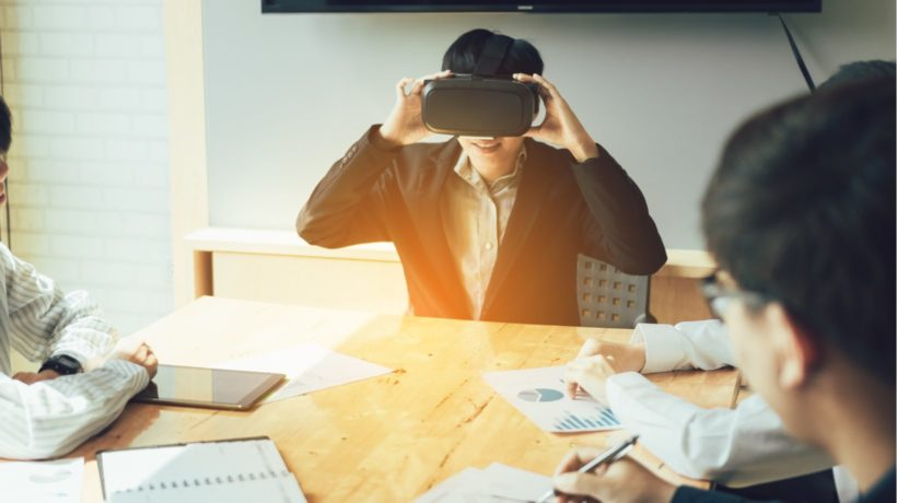 5 Criteria To Choose The Ideal Vendor For Your Virtual Reality Training Program