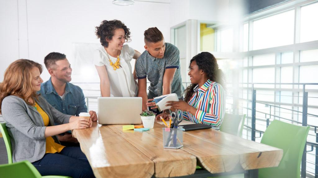 7 Innovative Ways To Turn Employees Into Online Training Trendsetters