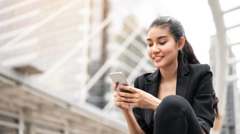 Why Choose A Custom Mobile App For Business Training?