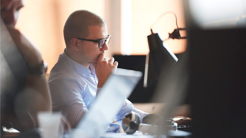 6 Tips To Incorporate Problem-Based Scenarios Into Your Sales Online Training