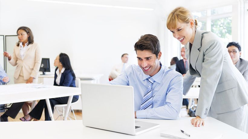 How And When To Use Custom eLearning Solutions For Employee Training