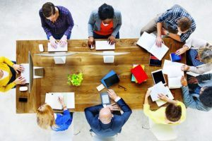 Social Learning Revolution: 5 Reasons To Incorporate It Into Your L&D Strategy