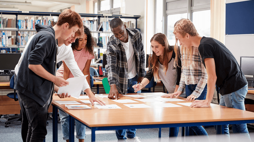 Creating Collaborative Involvement In e-Lectures
